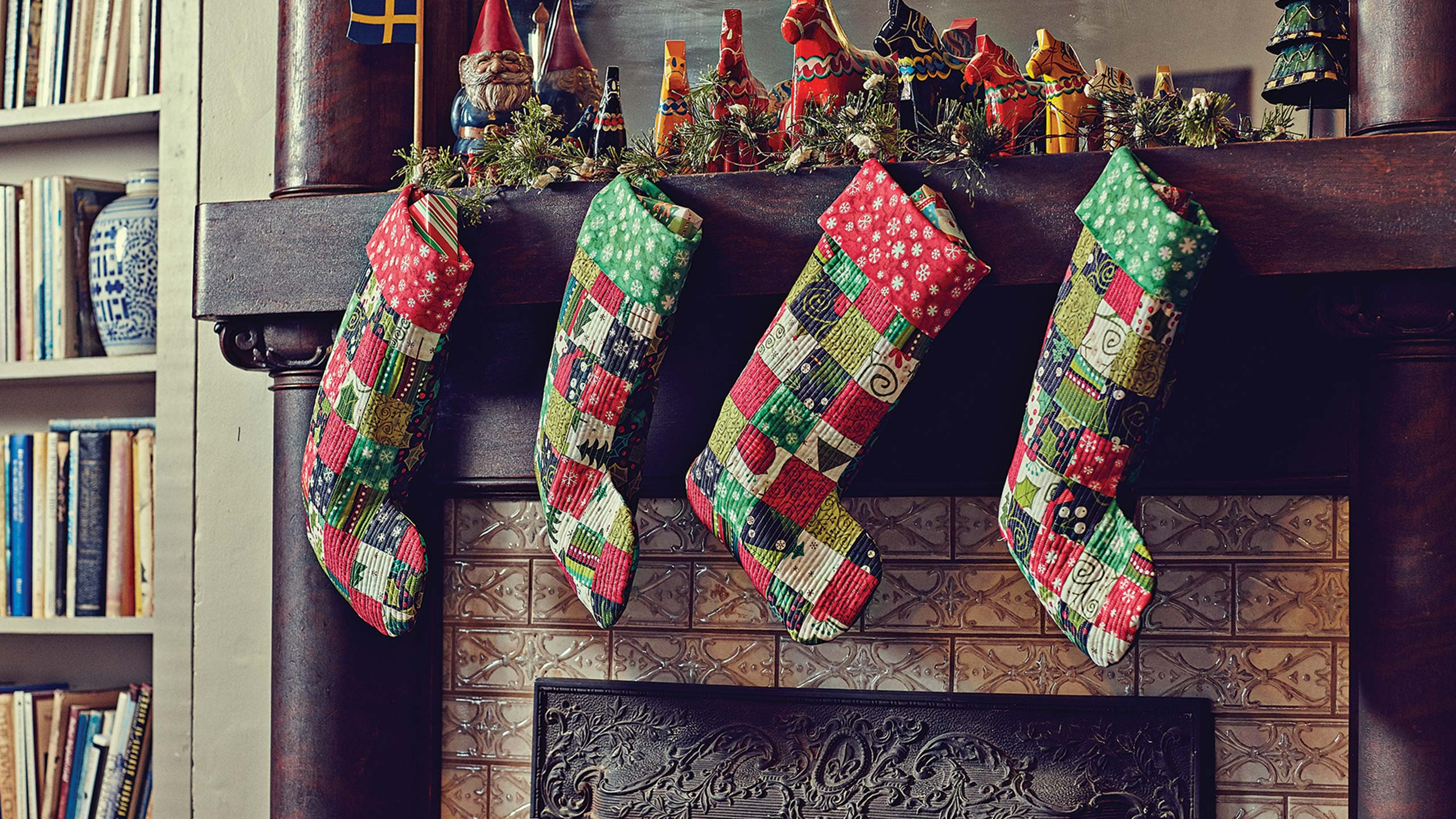 quilted christmas stocking tutorial - Quilted Christmas Stockings
