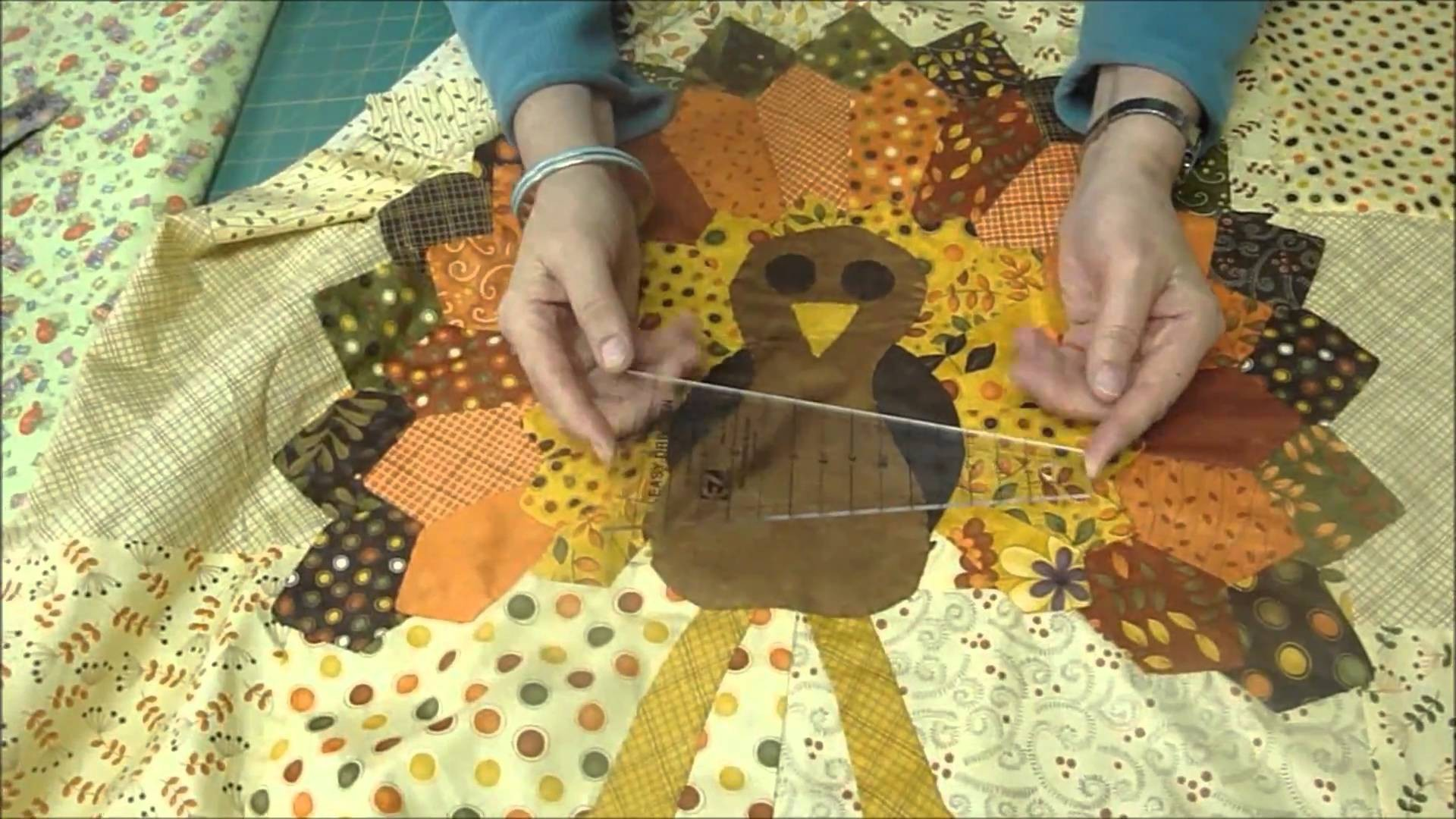 Quilt a (BIG) Thanksgiving Turkey Tutorial — Quilting Tutorials