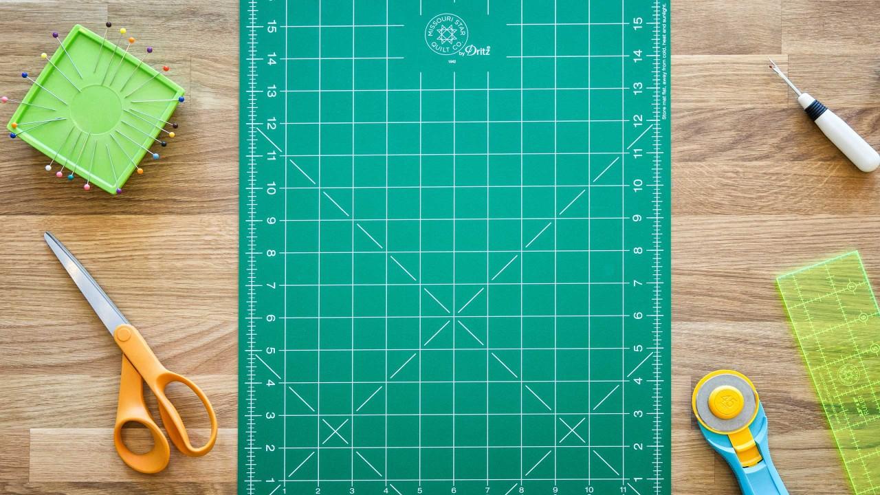 Quilt Snips Mini Tutorial - Jacob\u0027s Ladder